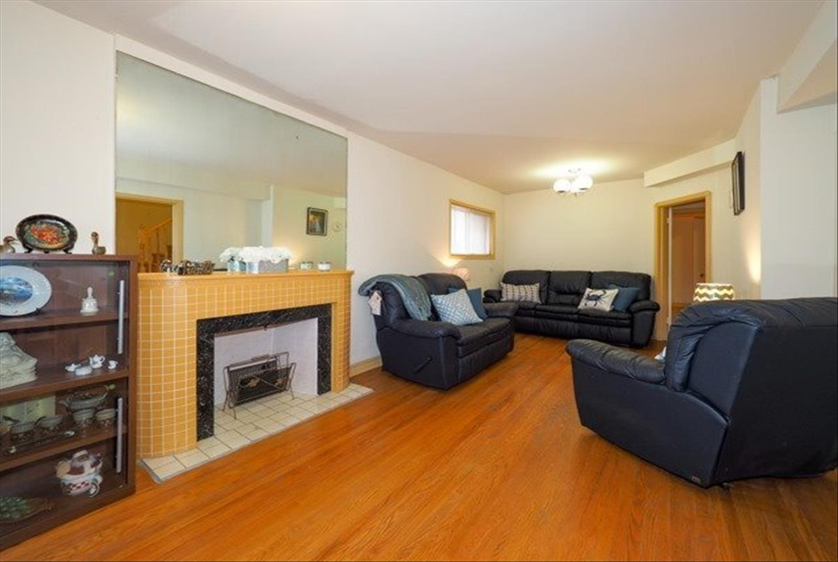 19 O'connor Dr Toronto Team Asgarian